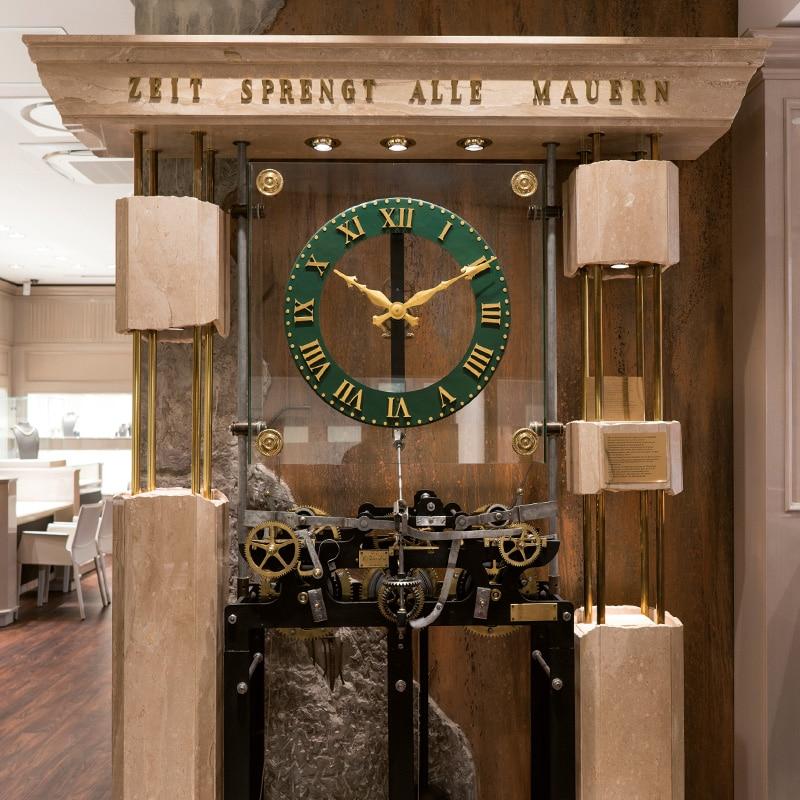 Uhrenmuseum von Juwelier Lorenz in Berlin-Friedenau